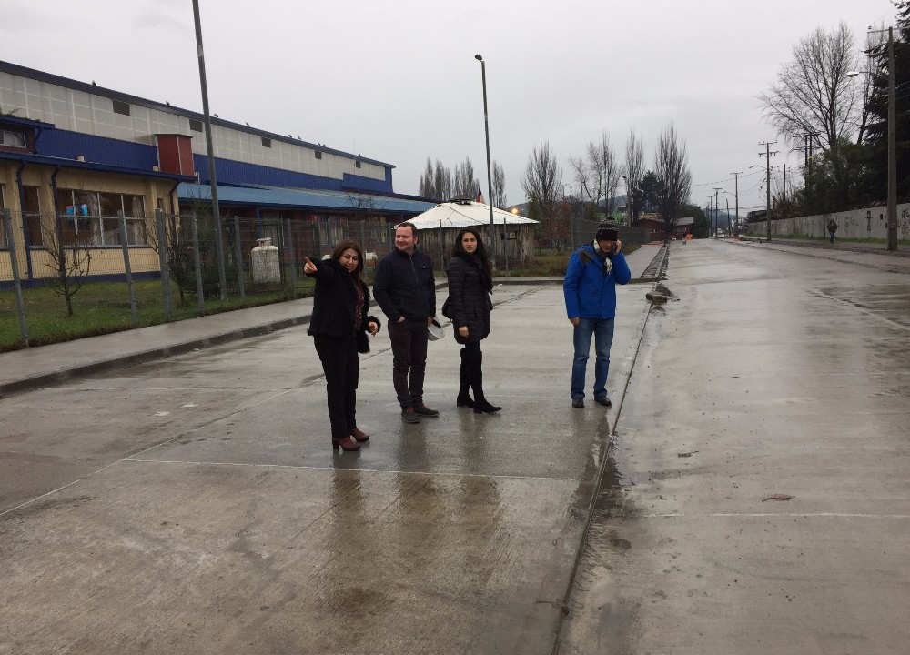 Pavimentaci n de calle gabriela mistral incluir for Calle mistral
